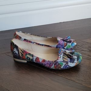 Butterfly patterned loafers